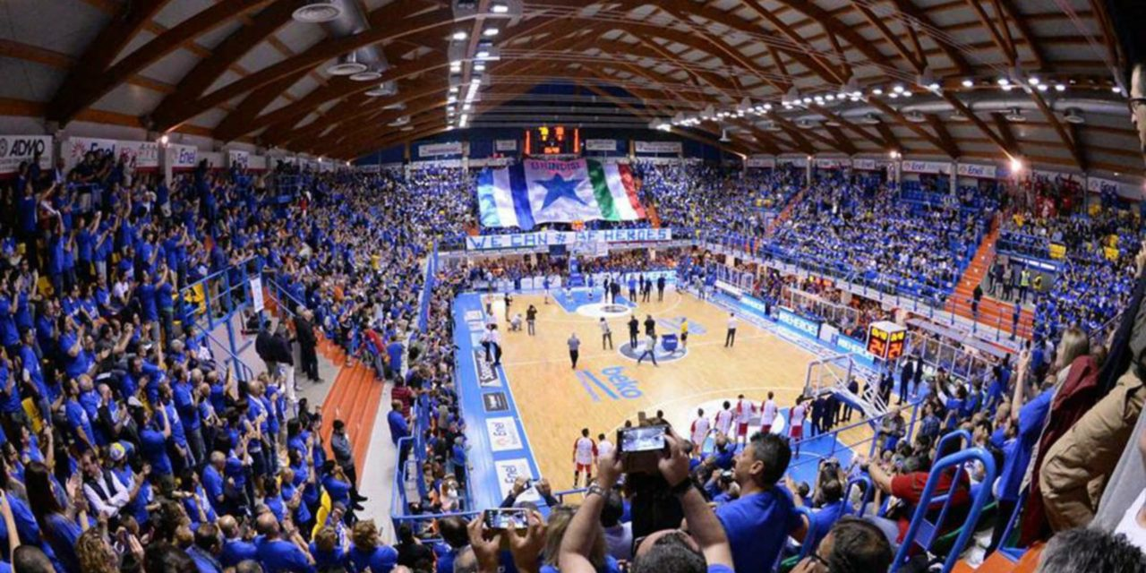 https://www.newbasketbrindisi.it/wp-content/uploads/2019/03/11234051_651961661571118_2383391081421261332_n-1-1-1280x640.jpg